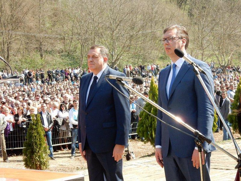 Vučić: Nikada nećemo u Alijansu koja je razorila Srbiju i ubijala našu decu (VIDEO)