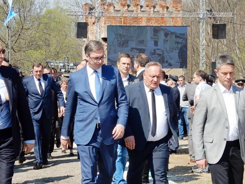 Vučić prvi predsednik Srbije koji otvara Roštiljijadu