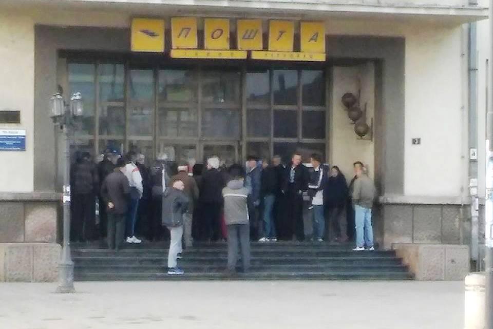 Radnici Pošte prekidaju štrajk, ministar policije im obećao ispunjenje dve trećine zahteva