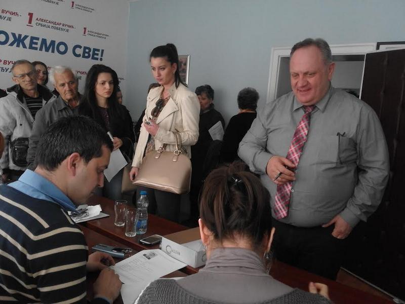 Kandidaturu Vučića podržalo 1200 građana Jablaničkog okruga