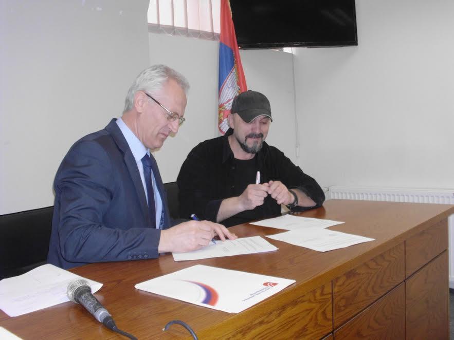 Vlasotince potpisalo ugovore sa medijima