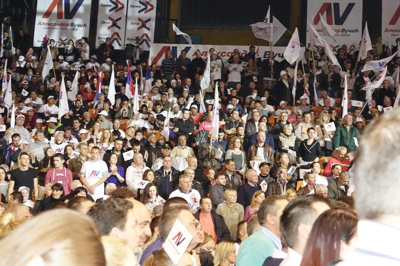 SNS: Zahvalnost Leskovčanima za podršku Vučiću