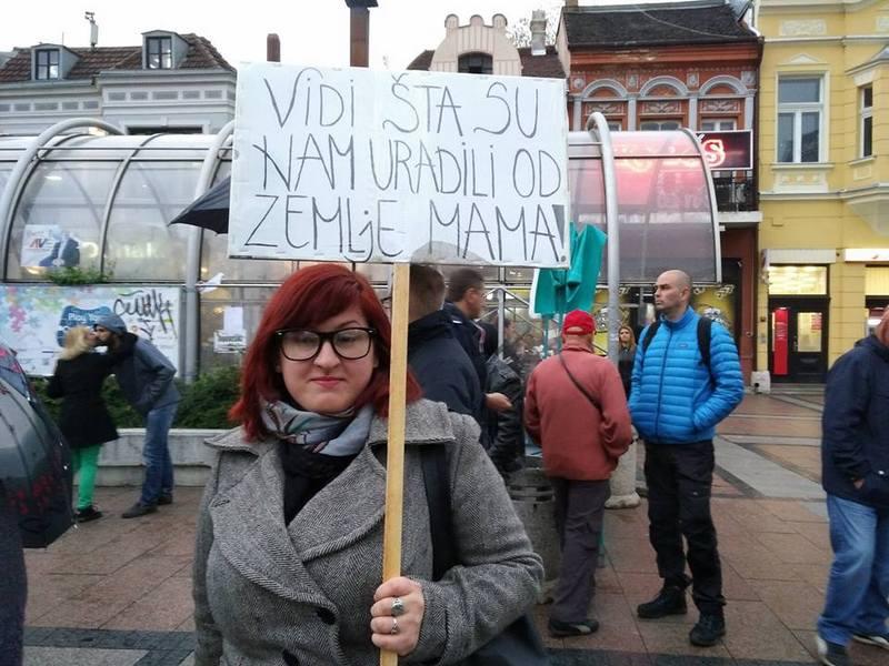 U Nišu nekoliko stotina, u Leskovcu nekoliko desetina protestanata