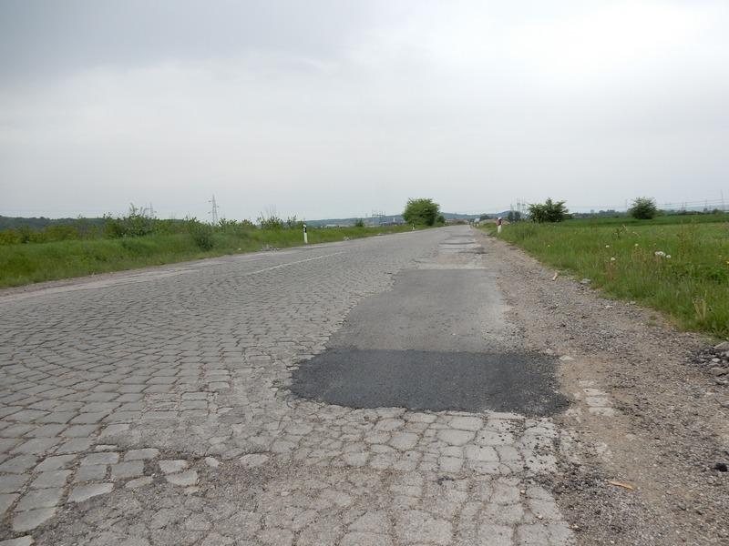 Dva miliona evra za rekonstrukciju puta Leskovac – Vlasotince