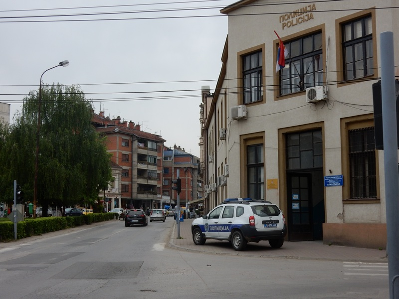 Leskovčanin pokušao da uznudi 25.000 evra, uhvaćen na delu