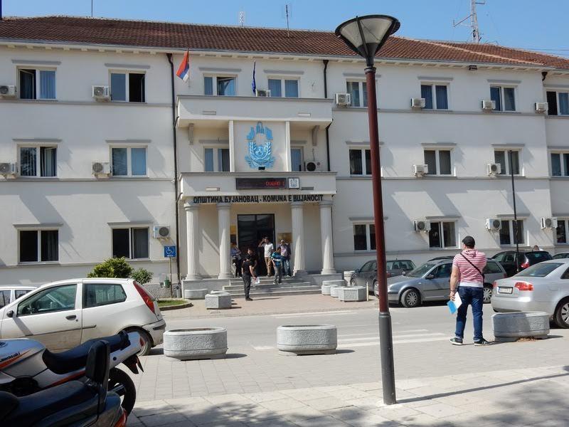 Ugostitelji, kladionice, kockarnice i igraonice u Bujanovcu od sutra rade do 23 sata, pijaca još uvek zatvorena