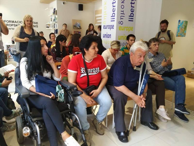 Osobe sa invaliditetom traže personalne asistente