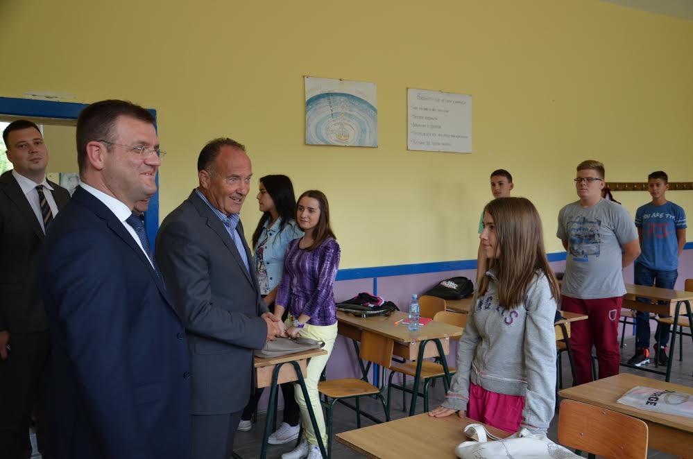 Učenike u Beloj Palanci školuju za pravljenje softvera i aplikacija