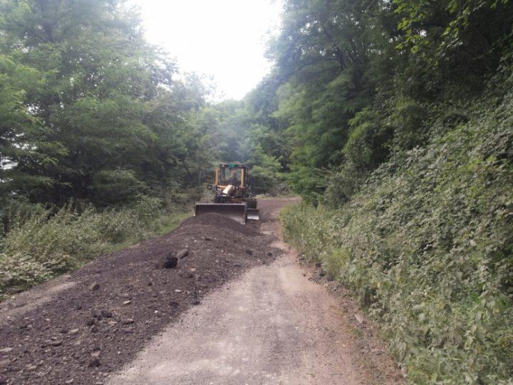 Mrvljenim asfaltom posuli 30 kilometara puta