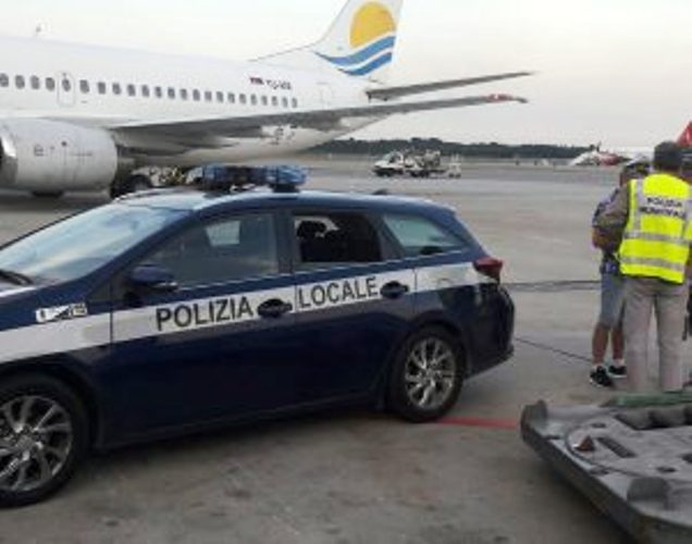 Deportovan iz Italije zbog proganjanja bivše supruge i šibicarenja