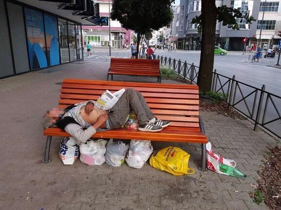 Beskućnika je sve više i nisu ničiji problem