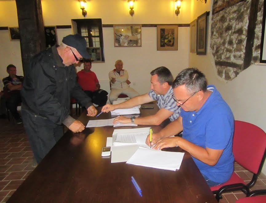 Dodeljene subvencije voćarima i vinogradarima