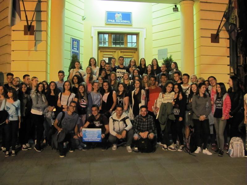 Vukovci se na nagradnoj ekskurziji napajali lepotama Srbije