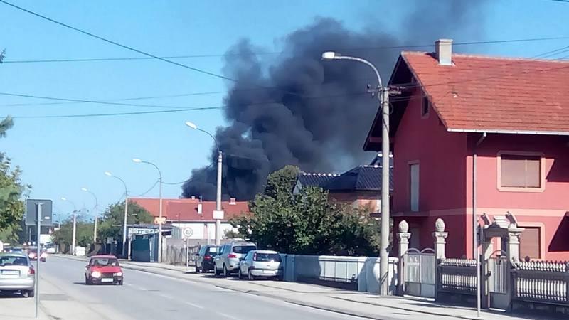 Dim sa optada prekrio naselje Slavka Zlatanovića