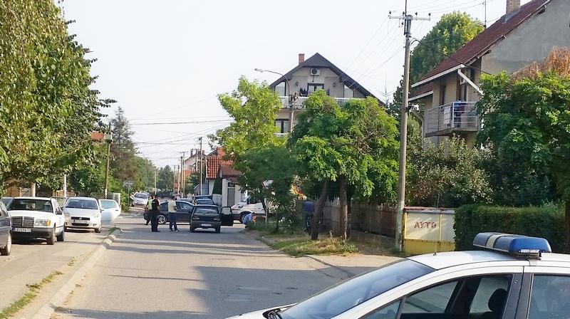 SPEKTAKULARNA PLJAČKA Maskirani lopovi s pištoljima oteli 60 hiljada evra obezbeđenju menjačnice