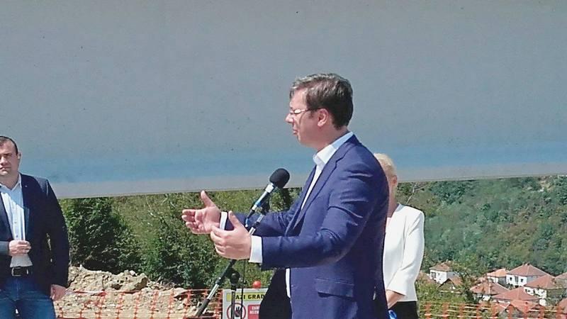 Vučić obećao tri nove fabrike, u Leskovcu, Lebanu i Žitorađi (VIDEO)