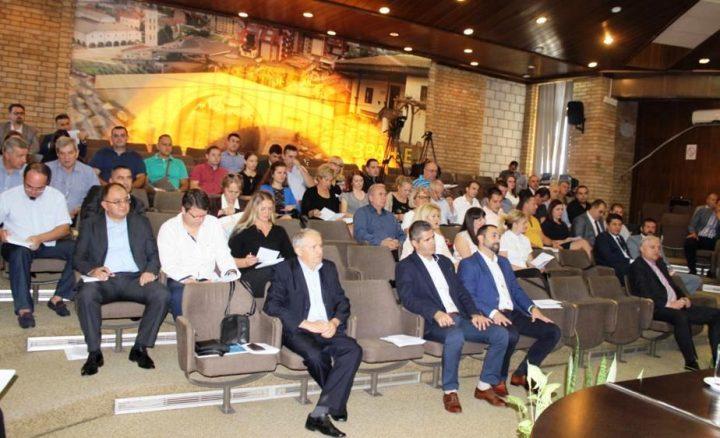 Nova organizacija u Gradskoj upravi i novi nameti bez veće polemike