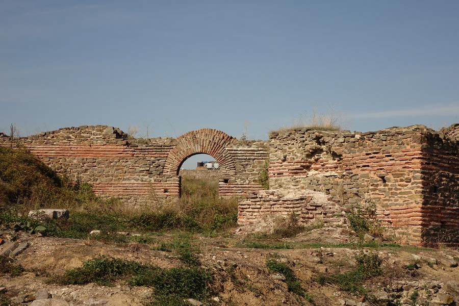 Čelnici opštine Lebane planiraju vraćanje prvobitnog izgleda Caričinom gradu