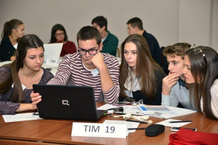 Srednjoškolci jugoistočne Srbije pred poslovnim izazovom