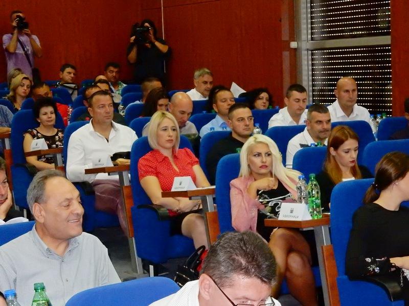 Smene direktora u Leskovcu