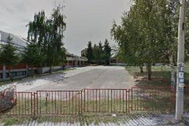 Učenik povređen nožem u školi