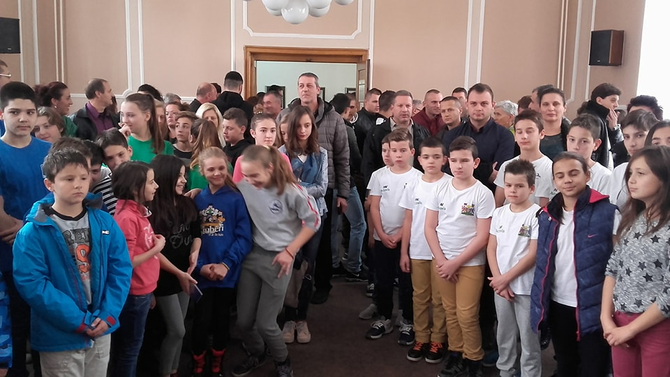 Leskovac poklonio 163 trenerica za mlade sportiste