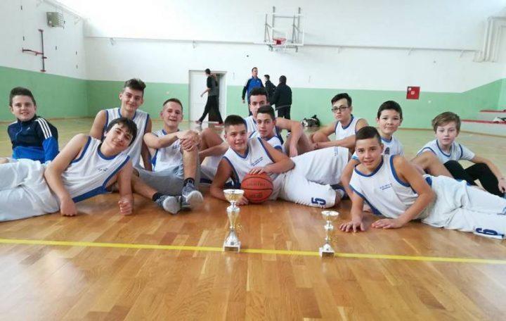 """Škola """"Sveti Sava"""" najbolja u košarci"""