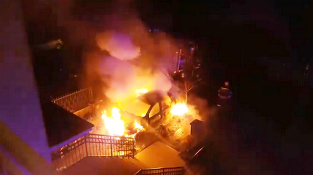 Izgoreo automobil zamenika gradonačelnika Niša (VIDEO)