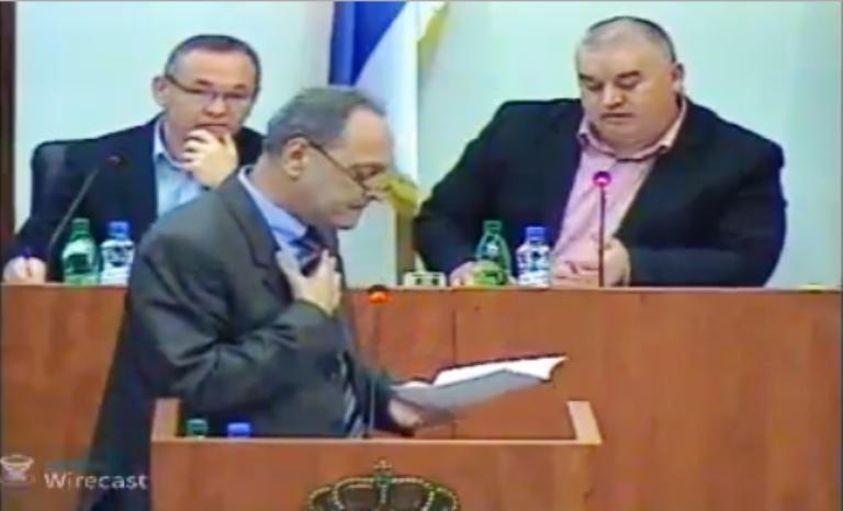 """Cakić optužuje kabinet gradonačelnika Leskovca za """"kočenje"""" tenderskog postupka"""