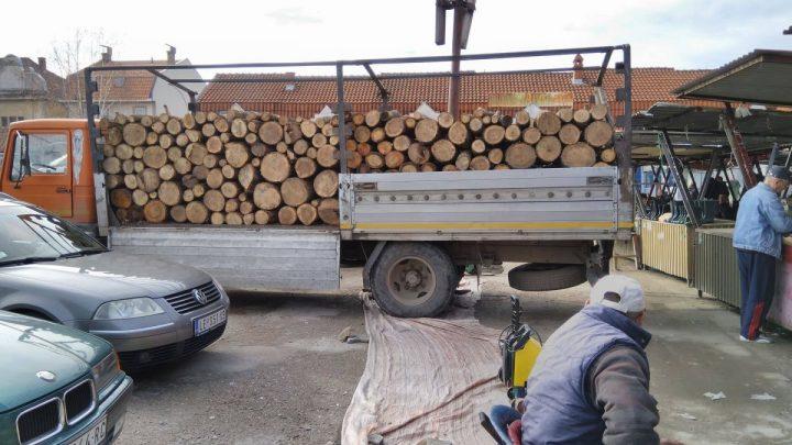 Na vreme obezbedite drva, POSKUPEĆE!