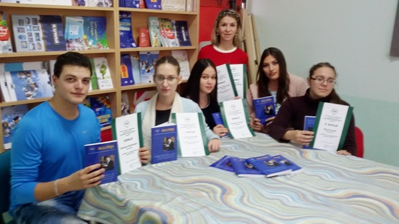 Učenice Hemijske škole pobrale nagrade na književnim konkursima