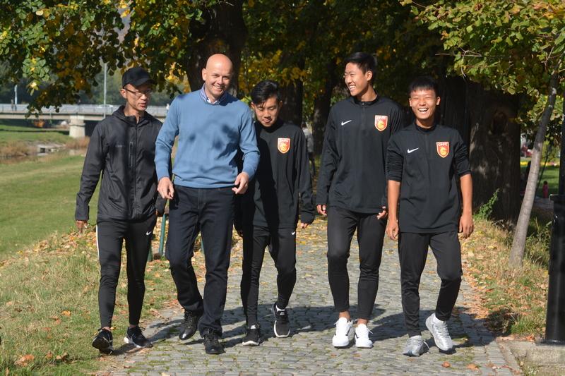 Fudbaleri iz Kine oduševljeni Piroćancima