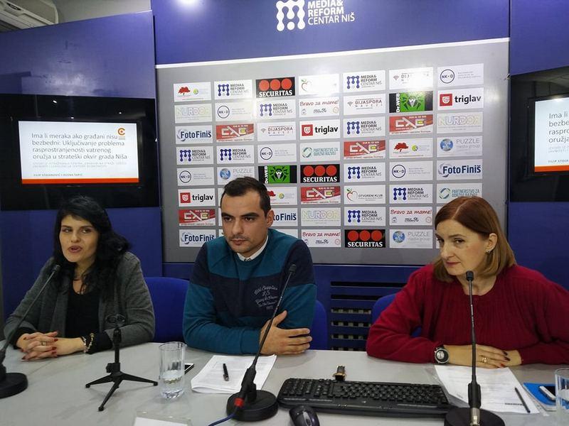 Lovačko oružje u Srbiji poseduje 318.000 osoba