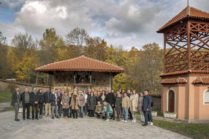 Direktori turističkih organizacija u Jašunjskom manastiru