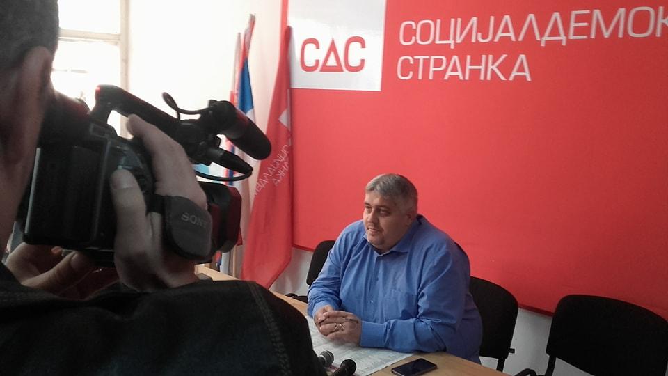 SDS traži senior kartice za Leskovčane