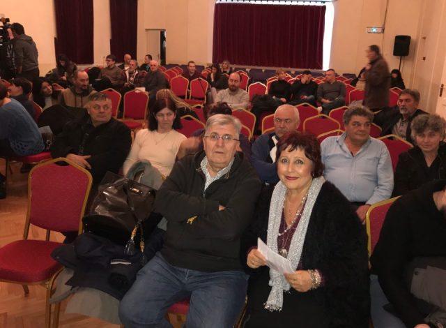 Lutajuća srca u Vranju podigla publiku na noge