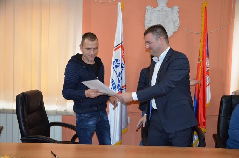 Potpisani ugovori sa mladima za pokretanje poslovanja u oblasti poljoprivrede
