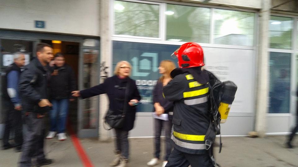 Zaboravljena ringla digla celu zgradu i sve vatrogasce na noge
