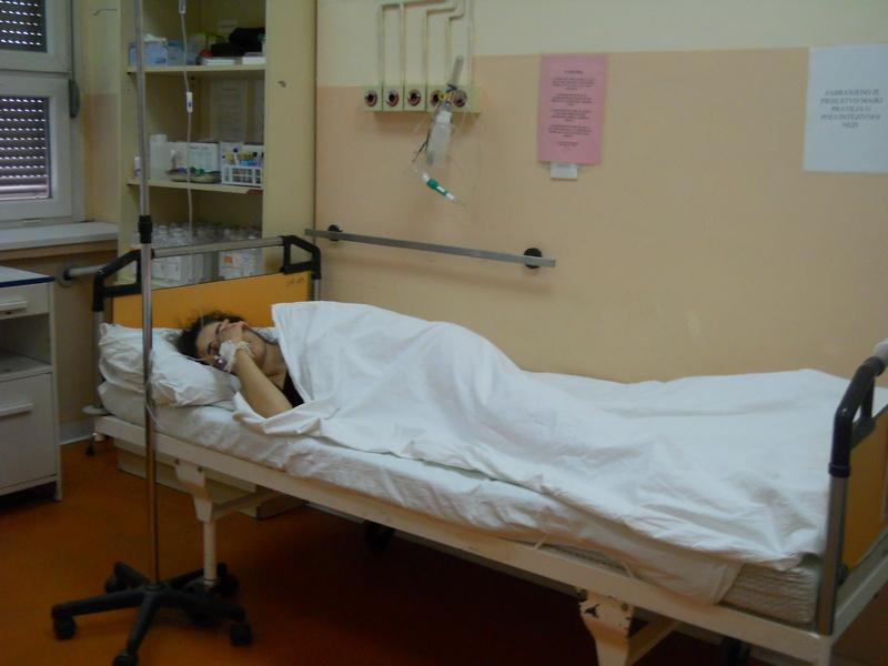 Zbog malih boginja desetoro odraslih i osmoro dece u bolnici u Nišu