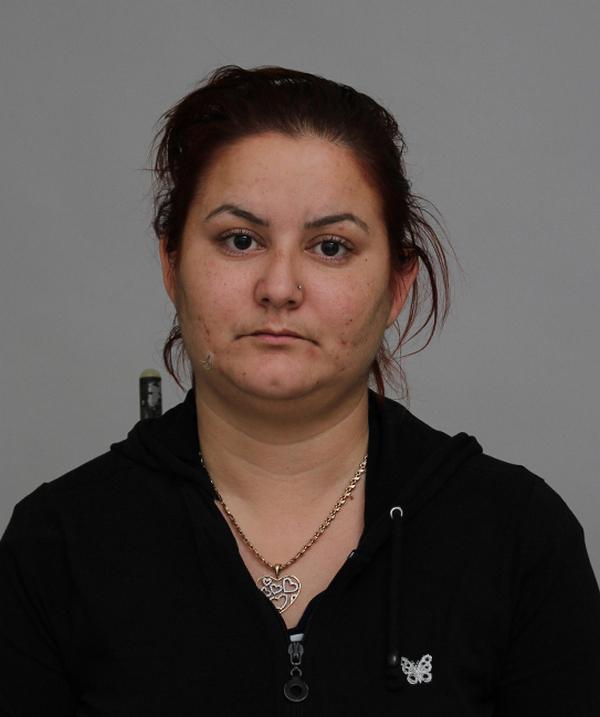 OPREZ Policija traga za još jednom prevarantkinjom