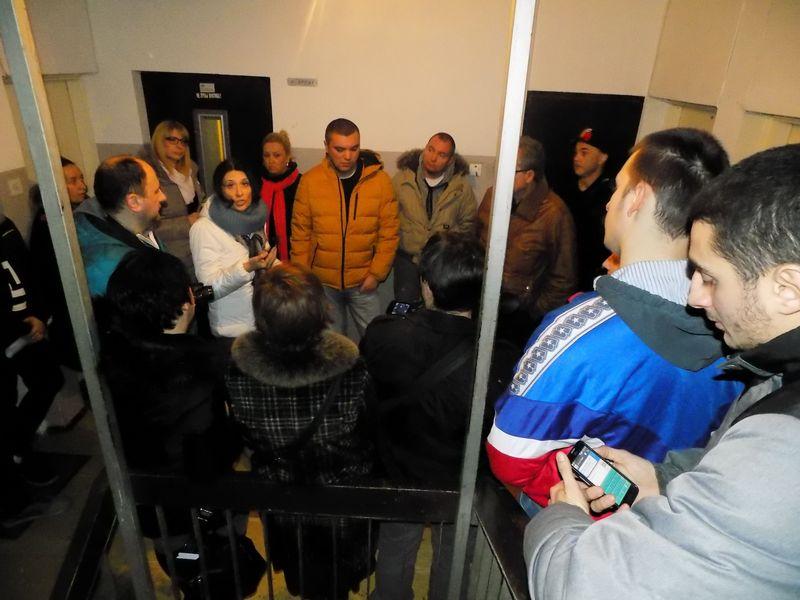 Građani sprečili iseljenje samohrane majke i njeno dvoje dece