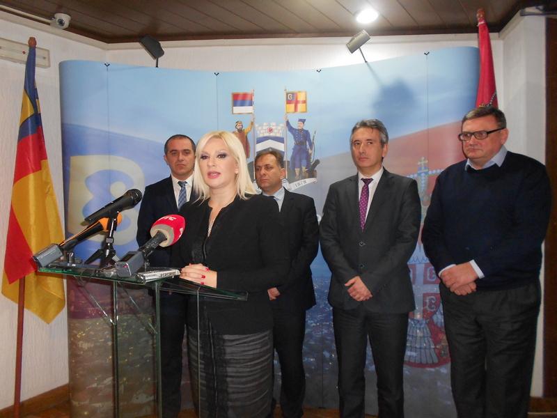 MIHAJLOVIĆ: U Pčinjskom okrugu uložena je 1,5 milijarda za održavanje puteva