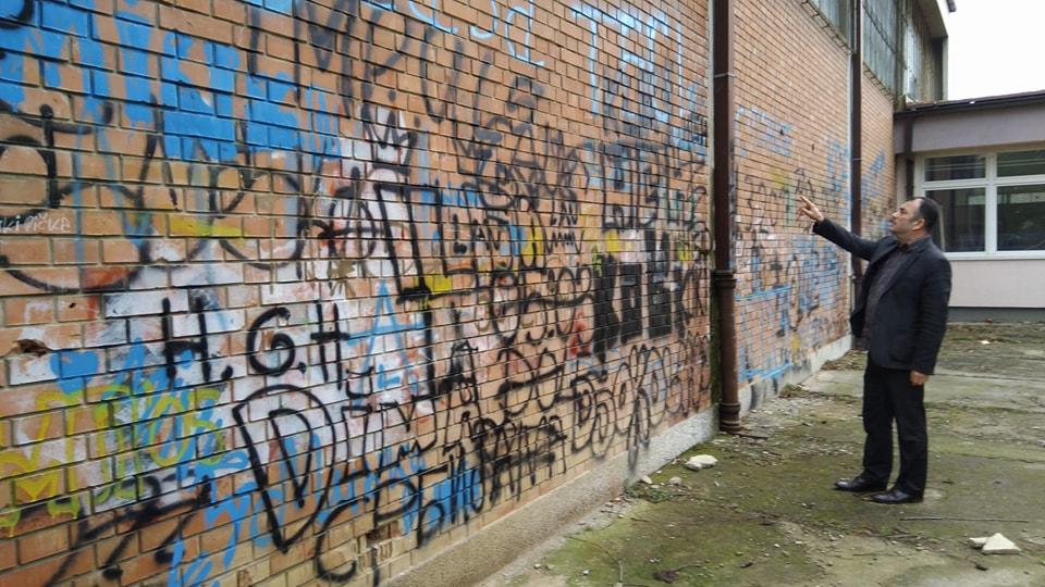 Škola murala i Zida plača