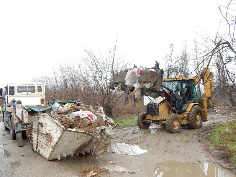 Očišćena deponija na putu pored Vlajkove ulice