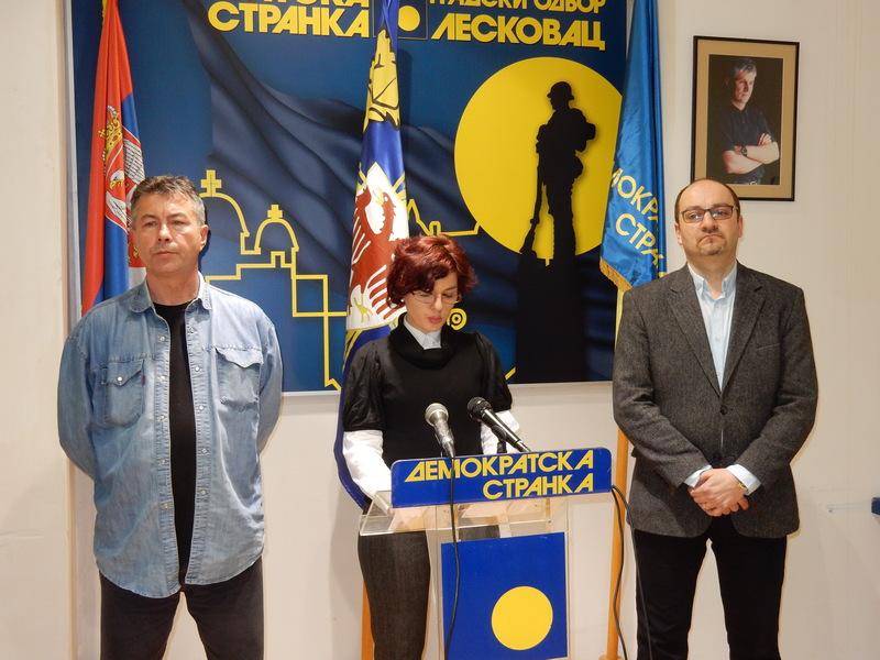 DS: Leskovačka vlast uporno krije probleme od građana