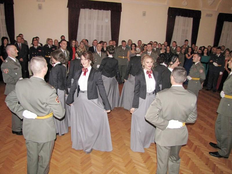 Oficirski bal u Vranju, raskoš valcera i starih srpskih kola