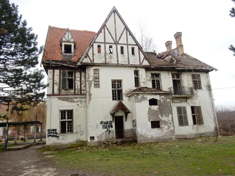 Vila Teokarovića, ruinirani simbol Vučja, dobiće stari sjaj