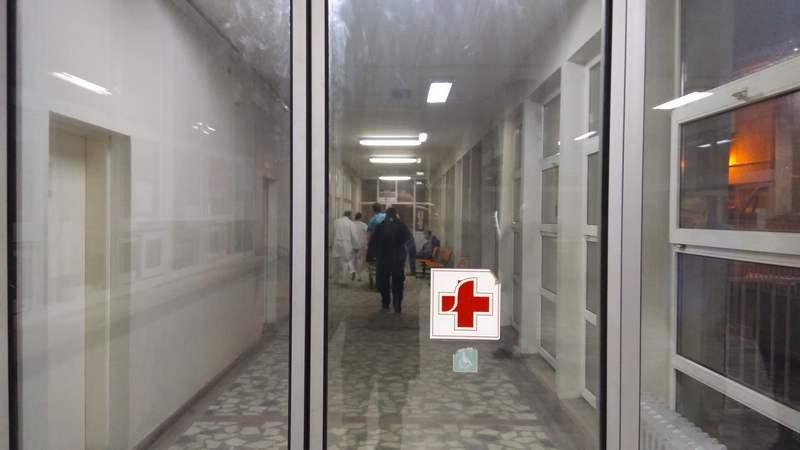 Leskovačnin izboden u Nišu u teškom ali stabilnom stanju