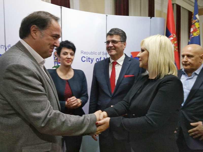 Vlada Srbije ulaže u niški aerodrom još 7,5 miliona evra