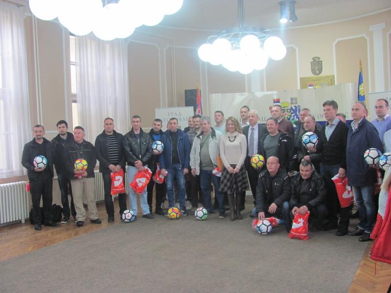 FSJO: Klubovima na poklon 32 fudbalske lopte